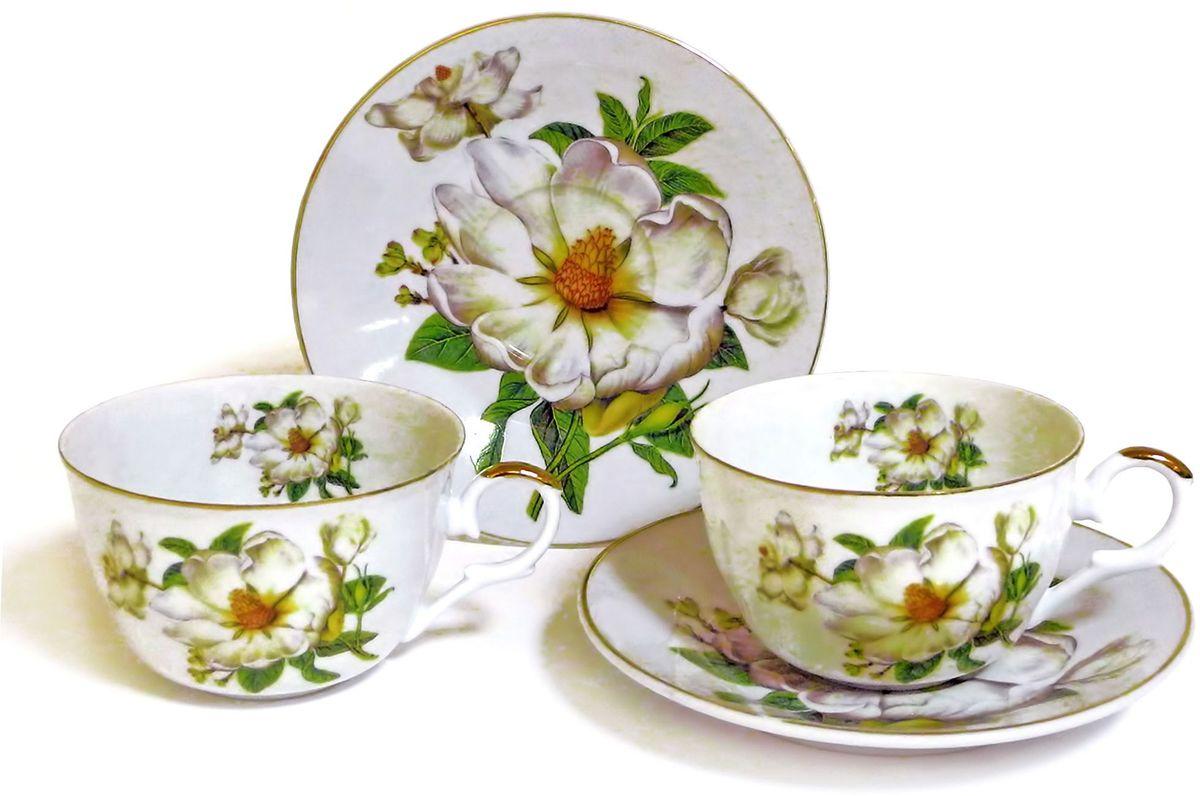 Набор чайный Briswild Белый шиповник, 4 предмета545-781Набор чайный Белый шиповник, выполненный из высококачественного фарфора белого цвета.На предметах набора изображены цветы шиповника. Изящный дизайн оформления придется по вкусу и ценителям классики, и тем, кто предпочитает утонченность и изысканность. Такой набор отлично подойдет для красивой сервировки стола.