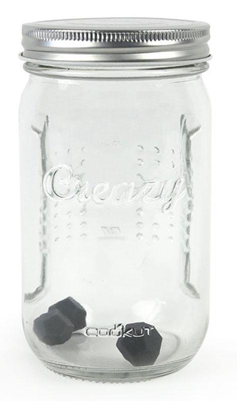 Банка для приготовления домашних сливок Coocut, с шариками, цвет: прозрачныйCREAZYENБанка с шариками Coocut поможет приготовить 100% натуральные взбитые сливки за 1 минуту! Без использования миксеров и сифонов!Изделие выполнено из стекла и пластика. Как это работает? Просто поместите обычные сливки и сахар в банку, добавьте силиконовые шарики и трясите. Через 1 минуту, вы получаетесказочные взбитые сливки без ароматизаторов, загустителей и консервантов. Вы можете отрегулировать текстуру, как вам нравится, простовстряхивая на несколько секунд больше или меньше.Подходит для хранения готовых сливок в холодильнике внутри банки.