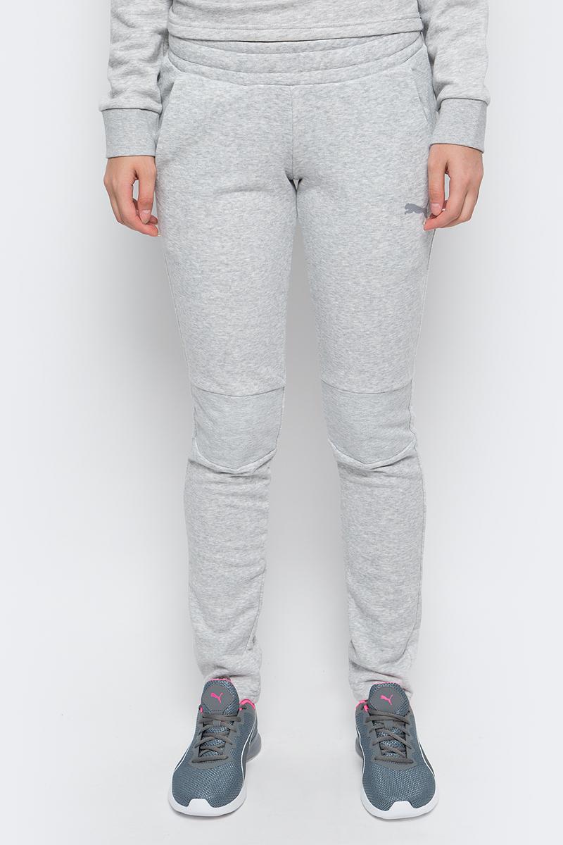 Брюки спортивные женские Puma Swagger Pants W, цвет: серый. 590750_04. Размер XL (48/50)590750_04Женские спортивные брюки Swagger Pants W выполнены из хлопка с добавлением полиэстера. Модель имеет пояс с внутренней утяжкой, благодаря чему хорошо садится на талию. Для удобства предусмотрены боковые карманы с сетчатой подкладкой. На коленях также имеется сетчатая вставка. Брюки декорированы логотипом PUMA из светоотражающего материала, нанесенным методом термопечати. Изделие имеет стандартную посадку.