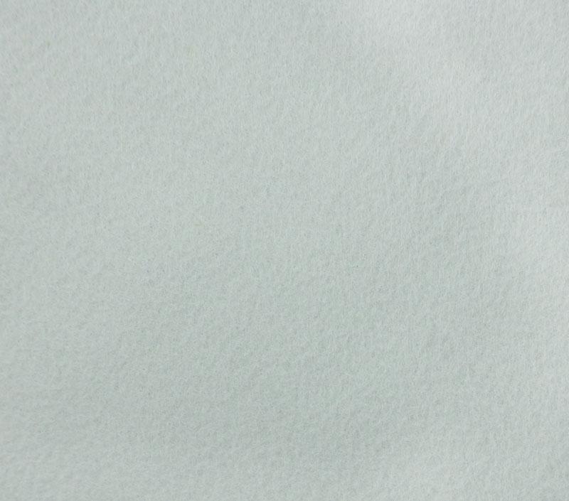 Фетр листовой Hemline Hobby, цвет: голубой, 30 х 45 см, 10 шт11.041.01Мягкий фетр Hemline Hobby, изготовленный из 100% полиэстера, используется для отделки готовых работ в разных техниках. Основное применение тонкого фетра - создание аппликаций, набивных игрушек, подушек, декора, бижутерии. Вы также можете его использовать для внутренней отделки шкатулки или подарочной коробки. Фетр напоминает бумагу, его также можно, резать, шить, клеить. Листы не лохматятся в месте разреза, что упрощает обработку краев. Материал хорошо приклеивается практически на любые поверхности, и не имеет лица и изнанки. В наборе 10 листов. Размер листа: 30 х 45 см. Толщина листа: 1 мм.