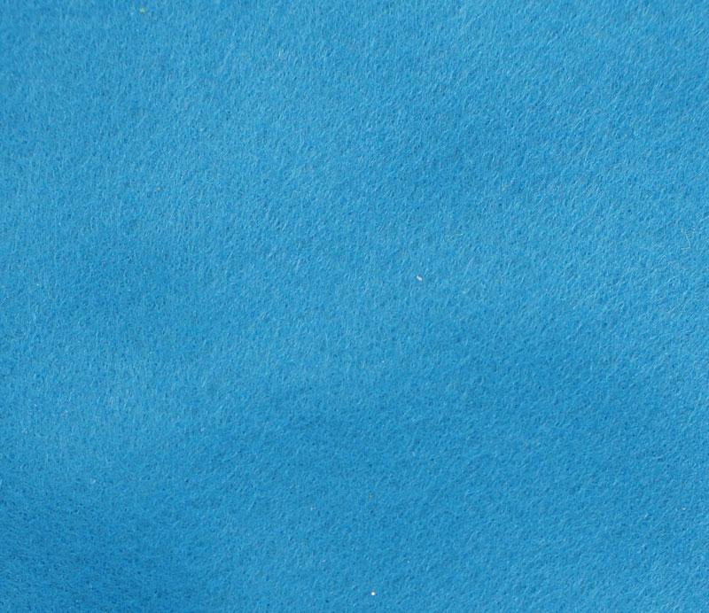 Фетр листовой Hemline Hobby, цвет: ярко-голубой, 30 х 45 см, 10 шт11.041.06Мягкий фетр Hemline Hobby, изготовленный из 100% полиэстера, используется для отделки готовых работ в разных техниках. Основное применение тонкого фетра - создание аппликаций, набивных игрушек, подушек, декора, бижутерии. Вы также можете его использовать для внутренней отделки шкатулки или подарочной коробки. Фетр напоминает бумагу, его также можно, резать, шить, клеить. Листы не лохматятся в месте разреза, что упрощает обработку краев. Материал хорошо приклеивается практически на любые поверхности, и не имеет лица и изнанки. В наборе 10 листов. Размер листа: 30 х 45 см. Толщина листа: 1 мм.