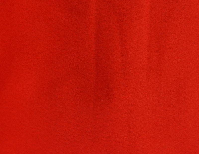 Фетр листовой Hemline Hobby, цвет: темно-красный, 30 х 45 см, 10 шт11.041.11Мягкий фетр Hemline Hobby, изготовленный из 100% полиэстера, используется для отделки готовых работ в разных техниках. Основное применение тонкого фетра - создание аппликаций, набивных игрушек, подушек, декора, бижутерии. Вы также можете его использовать для внутренней отделки шкатулки или подарочной коробки. Фетр напоминает бумагу, его также можно, резать, шить, клеить. Листы не лохматятся в месте разреза, что упрощает обработку краев. Материал хорошо приклеивается практически на любые поверхности, и не имеет лица и изнанки. В наборе 10 листов. Размер листа: 30 х 45 см. Толщина листа: 1 мм.