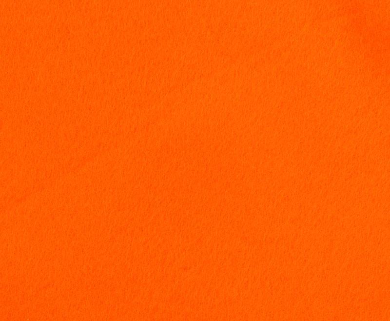 Фетр листовой Hemline Hobby, цвет: ярко-оранжевый, 30 х 45 см, 10 шт11.041.12Мягкий фетр Hemline Hobby, изготовленный из 100% полиэстера, используется для отделки готовых работ в разных техниках. Основное применение тонкого фетра - создание аппликаций, набивных игрушек, подушек, декора, бижутерии. Вы также можете его использовать для внутренней отделки шкатулки или подарочной коробки. Фетр напоминает бумагу, его также можно, резать, шить, клеить. Листы не лохматятся в месте разреза, что упрощает обработку краев. Материал хорошо приклеивается практически на любые поверхности, и не имеет лица и изнанки. В наборе 10 листов. Размер листа: 30 х 45 см. Толщина листа: 1 мм.