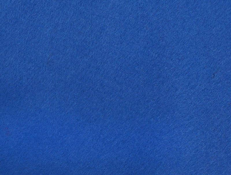 Фетр листовой Hemline Hobby, цвет: синий, 30 х 45 см, 10 шт11.041.21Мягкий фетр Hemline Hobby, изготовленный из 100% полиэстера, используется для отделки готовых работ в разных техниках. Основное применение тонкого фетра - создание аппликаций, набивных игрушек, подушек, декора, бижутерии. Вы также можете его использовать для внутренней отделки шкатулки или подарочной коробки. Фетр напоминает бумагу, его также можно, резать, шить, клеить. Листы не лохматятся в месте разреза, что упрощает обработку краев. Материал хорошо приклеивается практически на любые поверхности, и не имеет лица и изнанки. В наборе 10 листов. Размер листа: 30 х 45 см. Толщина листа: 1 мм.