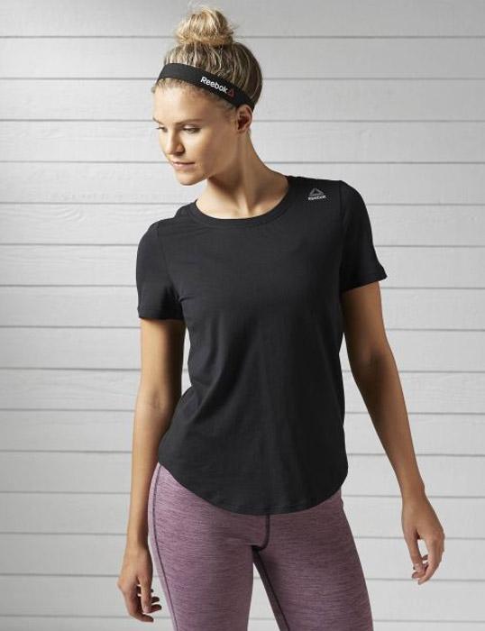Футболка для бега женская Reebok El Eletee, цвет: черный. BK3844. Размер L (50/52)BK3844Женская футболка Reebok с круглым глубоким вырезом и короткими рукавами, выполнена из натурального хлопка. Облегающий крой футболки повторяет каждое движение.