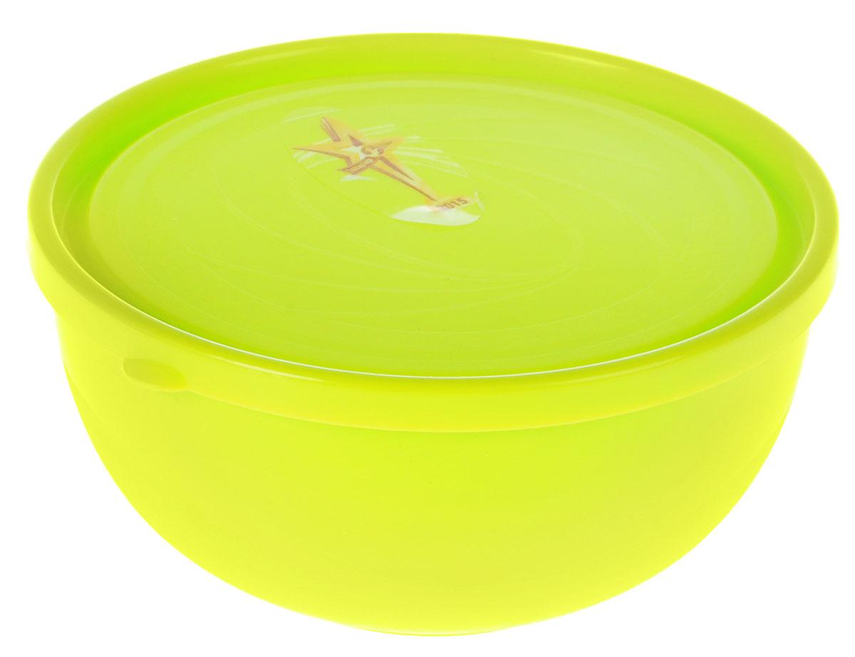 """Многофункциональный салатник Plastic Centre """"Galaxy"""" с крышкой прекрасно подходит как для приготовления, так и для подачи различных блюд на стол. Лаконичный дизайн впишется в любую обстановку кухни. Крышка сохранит свежесть приготовленных блюд. Объем салатника: 550 мл. Диаметр салатника: 13,4 см. Высота салатника: 7 см."""