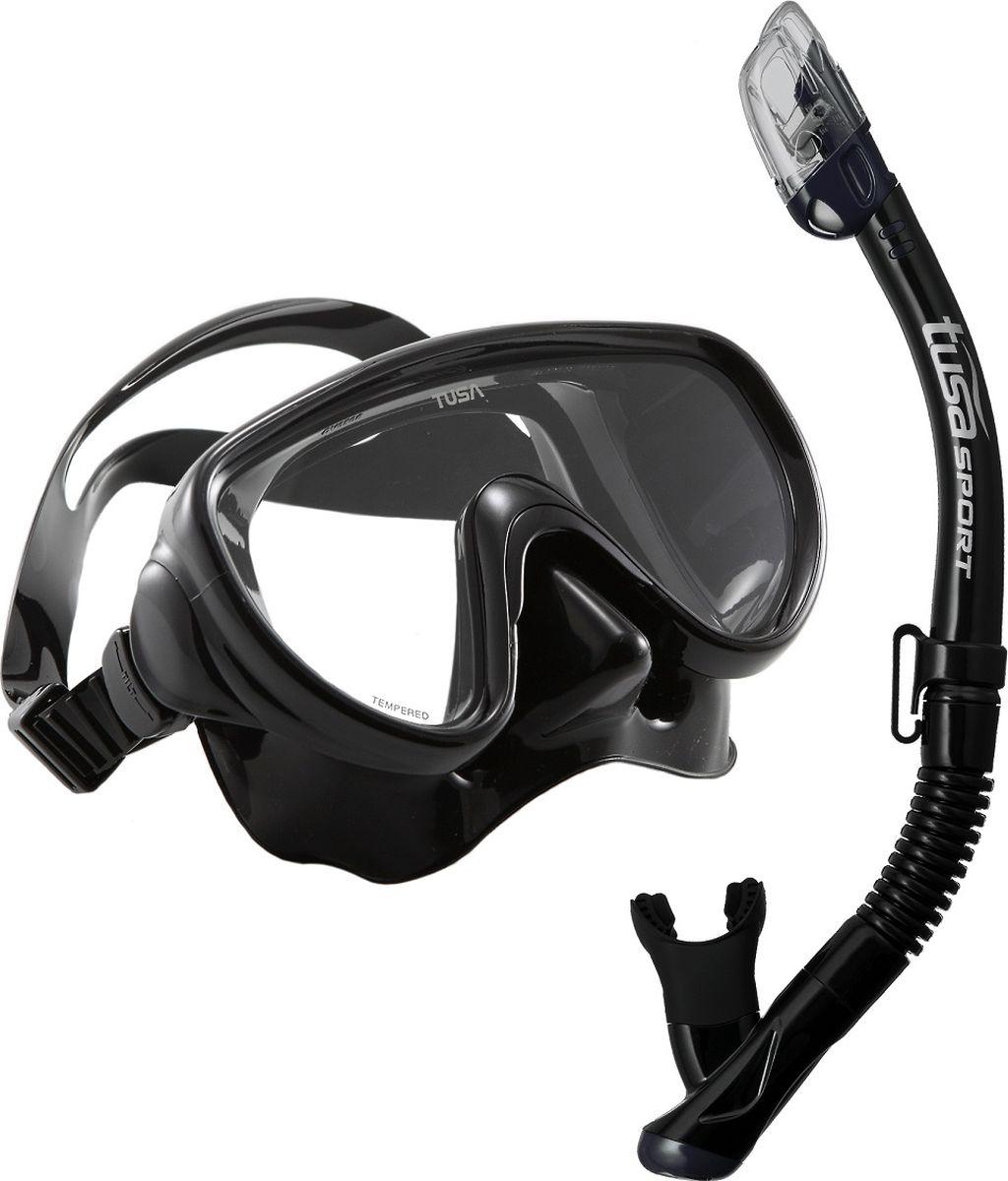 Набор для плавания Tusa Sport, цвет: черный. UCR-1625BK/MBUCR-1625 BK/BKКомплект UCR-1625 состоит из маски UMR-16 и трубки с сухим клапаном USP-250.Маска UMR-16 – однолинзовая компактная маска с широким обзором. Силиконовый обтюратор со скругленными краями мягко повторяет контуры лица. После плавания с такой маской почти не остается следов на лице. Трехмерный ремешок применяемый для фиксации маски на голове, точно повторяет затылочный изгиб и надежно удерживает маску на голове. Быструю регулировку обеспечивают 5-ти позиционные пряжки. Они позволяют отрегулировать натяжение и угол наклона ремешка для наилучшей посадки маски на лице. Линза маски выполнена из закаленного стекла. Обтюратор полностью выполнен из 100% медицинского силикона. Трубка USP-250 – оснащена сухим клапаном, который закрывает трубку и предотвращает попадание в нее воды при погружении. Большая дренажная камера с клапаном позволяет легко удалять воду при забрызгивании. Удобный загубник снимает нагрузку с челюстных мышц. Гибкий сегмент позволяет использовать трубку для дайвинга.