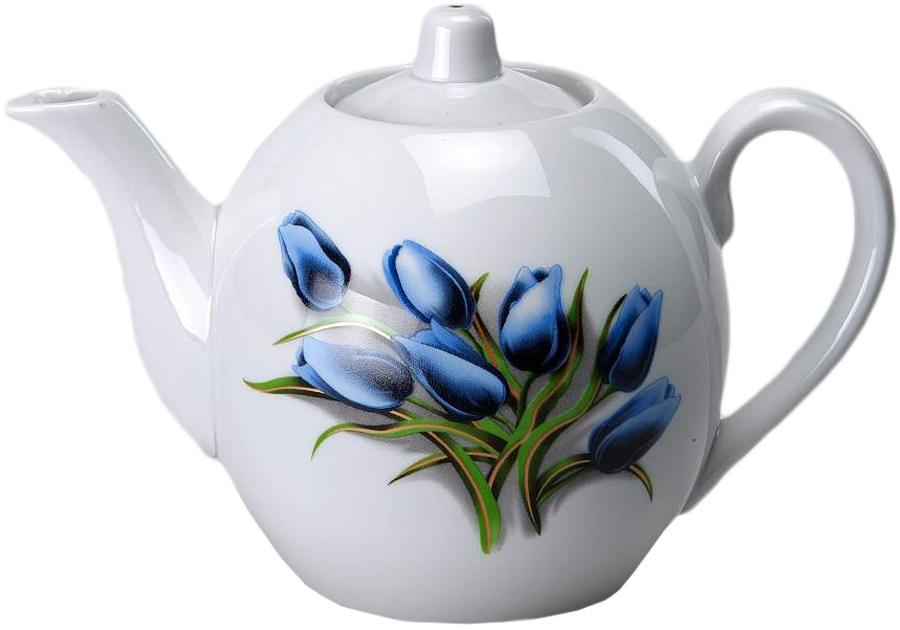 Чайник заварочный Фарфор Вербилок Тюльпаны. 1644098016440980Для того чтобы насладиться чайной церемонией, требуется не только знание ритуала и чай высшего сорта. Необходим прекрасный заварочный чайник, который может быть как центральной фигурой фарфорового сервиза, так и самостоятельным, отдельным предметом. От его формы и качества фарфора зависит аромат и вкус приготовленного напитка. Именно такие предметы формируют в доме атмосферу истинного уюта, тепла и гармонии. Можно ли сравнить пакетик с чаем или растворимый кофе с заварными вариантами этих напитков, которые нужно готовить самим? Каждый их почитатель ответит, что если применить кофейник или заварочный чайник, то можно ощутить более богатый, ароматный вкус этих замечательных напитков.