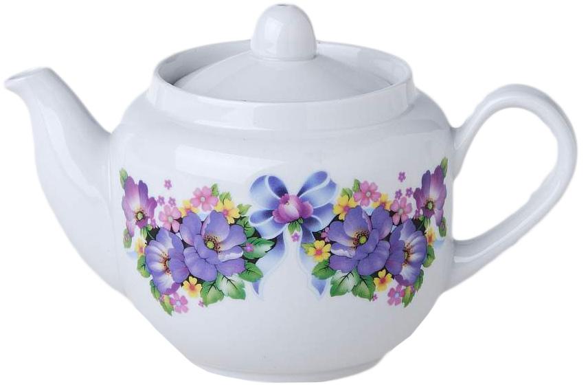 Чайник заварочный Фарфор Вербилок Август. Фиалка. 17302101730210Для того чтобы насладиться чайной церемонией, требуется не только знание ритуала и чай высшего сорта. Необходим прекрасный заварочный чайник, который может быть как центральной фигурой фарфорового сервиза, так и самостоятельным, отдельным предметом. От его формы и качества фарфора зависит аромат и вкус приготовленного напитка. Именно такие предметы формируют в доме атмосферу истинного уюта, тепла и гармонии. Можно ли сравнить пакетик с чаем или растворимый кофе с заварными вариантами этих напитков, которые нужно готовить самим? Каждый их почитатель ответит, что если применить кофейник или заварочный чайник, то можно ощутить более богатый, ароматный вкус этих замечательных напитков.