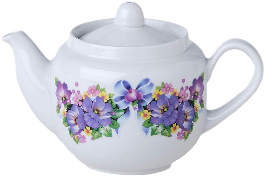Чайник заварочный Фарфор Вербилок Август. Фиалка. 17102101710210Для того чтобы насладиться чайной церемонией, требуется не только знание ритуала и чай высшего сорта. Необходим прекрасный заварочный чайник, который может быть как центральной фигурой фарфорового сервиза, так и самостоятельным, отдельным предметом. От его формы и качества фарфора зависит аромат и вкус приготовленного напитка. Именно такие предметы формируют в доме атмосферу истинного уюта, тепла и гармонии. Можно ли сравнить пакетик с чаем или растворимый кофе с заварными вариантами этих напитков, которые нужно готовить самим? Каждый их почитатель ответит, что если применить кофейник или заварочный чайник, то можно ощутить более богатый, ароматный вкус этих замечательных напитков.