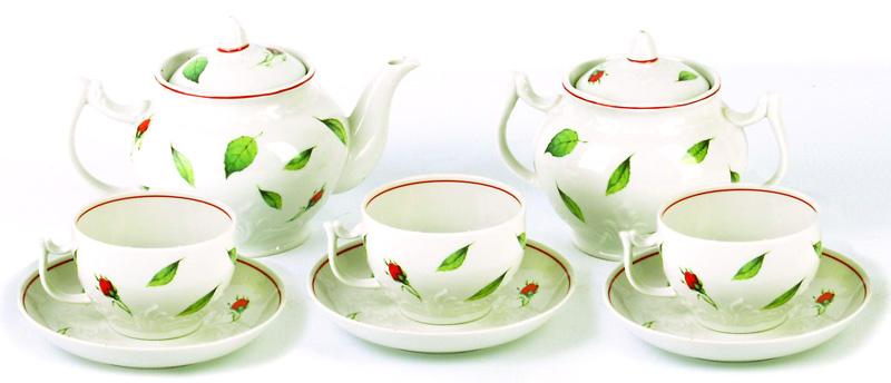 Сервиз чайный Фарфор Вербилок Бутоны раскидные. 46710504671050Чайные сервизы – это эксклюзивные наборы чашек и блюдечек. Все они отличаются совершенным качеством и неповторимостью. Каждый чайный сервиз из фарфора способен привнести в дом настроение праздничного застолья. Такие наборы подарят вам теплые ощущения от общения с близкими.