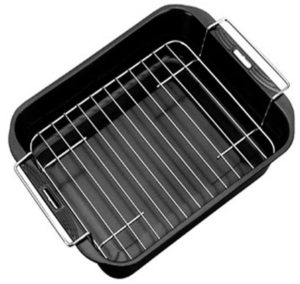 Форма отлично подходит для выпечки сладких и соленых блюд. Снабжена хромированной решеткой для удобного использования при приготовлении утки, курицы и т.д., когда много масла. Форма имеет высококачественное антипригарное покрытие, которое препятствует пригоранию. Прекрасно подходит для всех типов плит, можно мыть в посудомоечной машине.