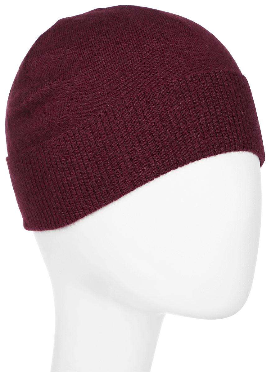 Шапка мужская Tom Tailor, цвет: бордовый. 0219863.00.15_5522. Размер универсальный0219863.00.15_5522Вязаная мужская шапка Tom Tailor дополнит ваш наряд и не позволит вам замерзнуть в прохладное время года. Шапка изготовлена из высококачественной комбинированной пряжи, что позволяет ей великолепно сохранять тепло и обеспечивает высокую эластичность, а также удобство посадки.Модель дополнена отворотом, связанным крупной резинкой. Такая шапка станет модным и стильным дополнением вашего гардероба. Она согреет вас и позволит подчеркнуть свою индивидуальность!