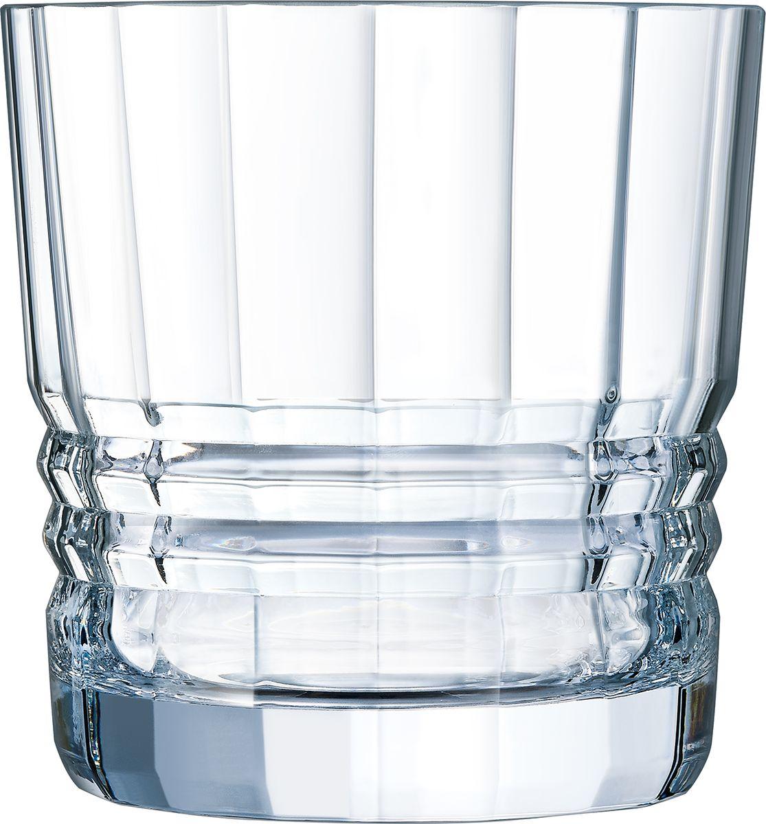 Ведро для льда Cristal dArques Architecte, 14 х 15 см. L8451L8451Коллекция вдохновлена безумными двадцатыми и несет отпечаток эпохи, гениально соединившей круглые формы и прямые линии. Разбиение на грани. В ритме закруглений и выступов микрограней, прямые стаканы с тяжелым дном из коллекции Architecte словно вышли из бара, насыщенного мужественной атмосферой Парижа Хемингуэя эпохи между двумя мировыми войнами. Одновременно творчески эксцентричные и геометрически строгие, они обязаны своим современным видом… традициям и современной технической смелости. В них парадоксально соединяются по определению угловатые, но округлые грани, возвышаемые несравненным блеском хрусталя. Коллекция вдохновлена безумными двадцатыми и несет отпечаток эпохи, гениально соединившей круглые формы и прямые линии.