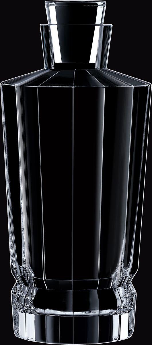 Штоф Cristal dArques Macassar, 900 мл. L8453L8453Прямые грани и уникальный блеск коллекции Macassar переносят нас в мир высокой моды ар-деко. Вечные складки. Прямые бокалы из коллекции Macassar переносят нас в мир высокой моды ар-деко. Они выделяются изысканностью текучих складок от ножек до верха и единством симметричных линий. Как модницы безумных двадцатых, украшаясь тюрбанами и султанами, открывали свободу движения в мягкой драпировке, так бокалы в несравненном блеске хрусталя радуются свободе стиля и чистоте прямых и закругленных граней. Подобно тому, как современный кутюрье пересматривает вечные мотивы моды, эти текучие и геометрические скульптуры смело нарушают условности и утверждают смелость на вашем столе.