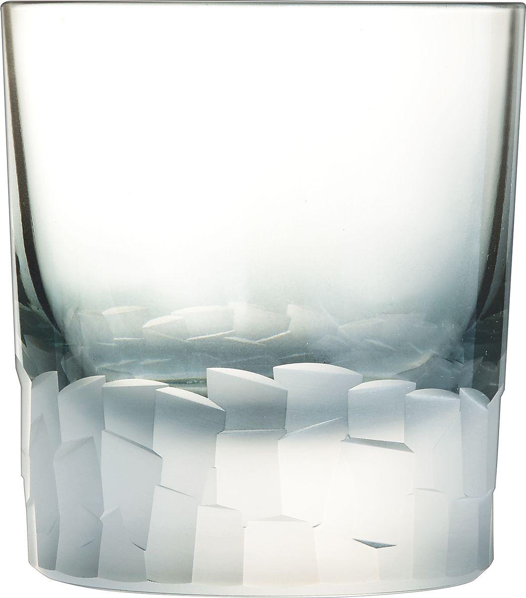 Набор стаканов Cristal dArques Intuition, 320 мл, 6 шт. L8642L8642Множество ограненных, четких, структурированных поверхностей пересекается случайным образом, образуя плотный лабиринт. Кубизм на столе. Коллекция Intuition — это проникновенное сверкающее хрусталем посвящение кубизму. Основания стаканов и стенки покрыты фрагментированными гранями, напоминающими манеру художников-кубистов. Основные геометрические формы непрерывно раскладываются и составляются вновь. Ограненные, четкие, структурированные поверхности пересекаются случайным образом. Геометрические объемы освобождаются, создавая густой лабиринт. Текстурированные и матовые поверхности контрастируют с блеском гладкого стекла, создавая переменчивый декор, в котором чередуются плоские и рельефные элементы.