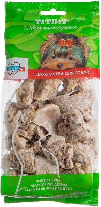 Лакомство Titbit Легкое говяжье XL, для собак319366Лакомство Titbit - кусочки высушенного говяжьего легкого. Высокое содержание микроэлементов и соединительной ткани дополняет удовольствие собаки от нежного лакомства. Легкие очень вкусны, малокалорийны и замечательно усваиваются организмом. Легкие содержат практически такой же набор витаминов, как и мясо, но зато гораздо менее жирные. Оказывают положительное воздействие на состояние кожи, шерсти и общий обмен веществ. Кусочки очень удобно использовать в качестве поощрения при дрессуре, и просто на прогулках. Для собак всех пород и возрастов. Особенно рекомендуется для собак с неполной зубной формулой и возрастными изменениями зубочелюстного аппарата. Благодаря вкусовым качествам и воздушной структуре является одним из самых любимых лакомств для наших четвероногих друзей.Тайная жизнь домашних животных: чем занять собаку, пока вы на работе. Статья OZON Гид