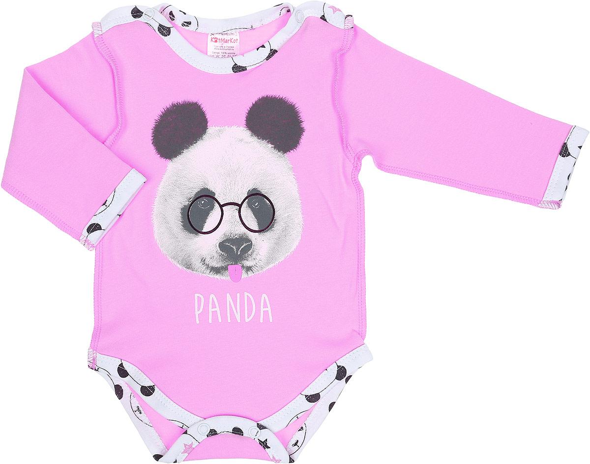 Боди для девочки КотМарКот Панда Rock, цвет: светло-бежевый, розовый. 9525. Размер 629525Боди с длинным рукавом КотМарКот Панда Rock изготовлено из интерлока и оформлено ярким принтом с изображением панды. Материал изделия мягкий и тактильно приятный, не раздражает нежную кожу ребенка и хорошо пропускает воздух. Модель имеет удобные застежки-кнопки на плечах и на ластовице, что позволит легко переодеть ребенка или сменить подгузник. Круглый вырез горловины и проймы для ножек дополнены мягкой эластичной бейкой контрастного цвета. Изделие полностью соответствует особенностям жизни ребенка в ранний период, не стесняя и не ограничивая его в движениях.