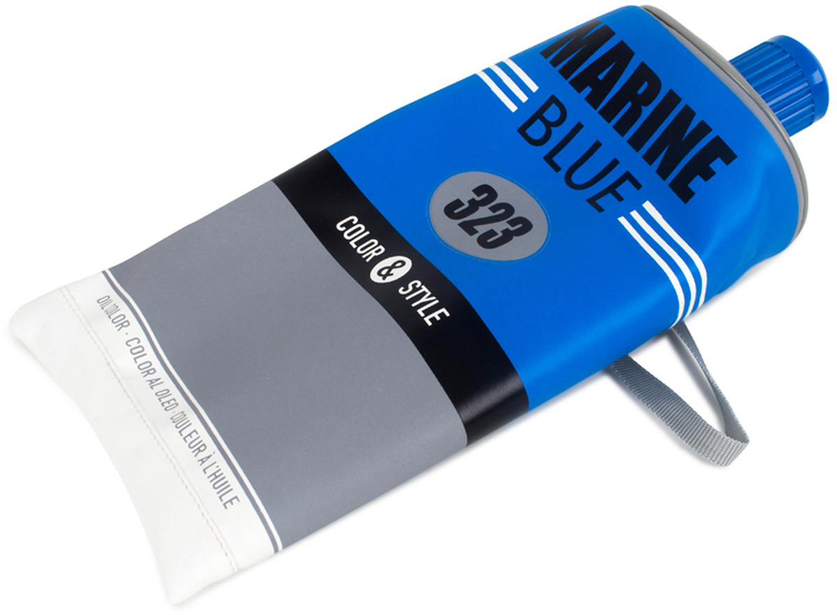Сумка Balvi Color & Style, цвет: синий25858Уникальная сумка Color & Style, с виду напоминающая тюбик от зубной пасты, станет незаменимым аксессуаром в походе или поездке, а также в ежедневном использовании. Сумка довольно вместительная и отлично подойдет как взрослым для хранения туалетных принадлежностей, так и детям для школьных и канцелярских принадлежностей. Основной цвет сумки синий, что само собой обращает на себя внимание. Благодаря уникальному дизайну и цвету сумки вы никогда не потеряете ее среди других вещей. Практичная, яркая и удобная сумка Color & Style позаботится о ваших вещах.-Оригинальный дизайн сумочки в виде тюбика-Изготовлена из ПВХ-Подойдет как взрослым, так и школьникам