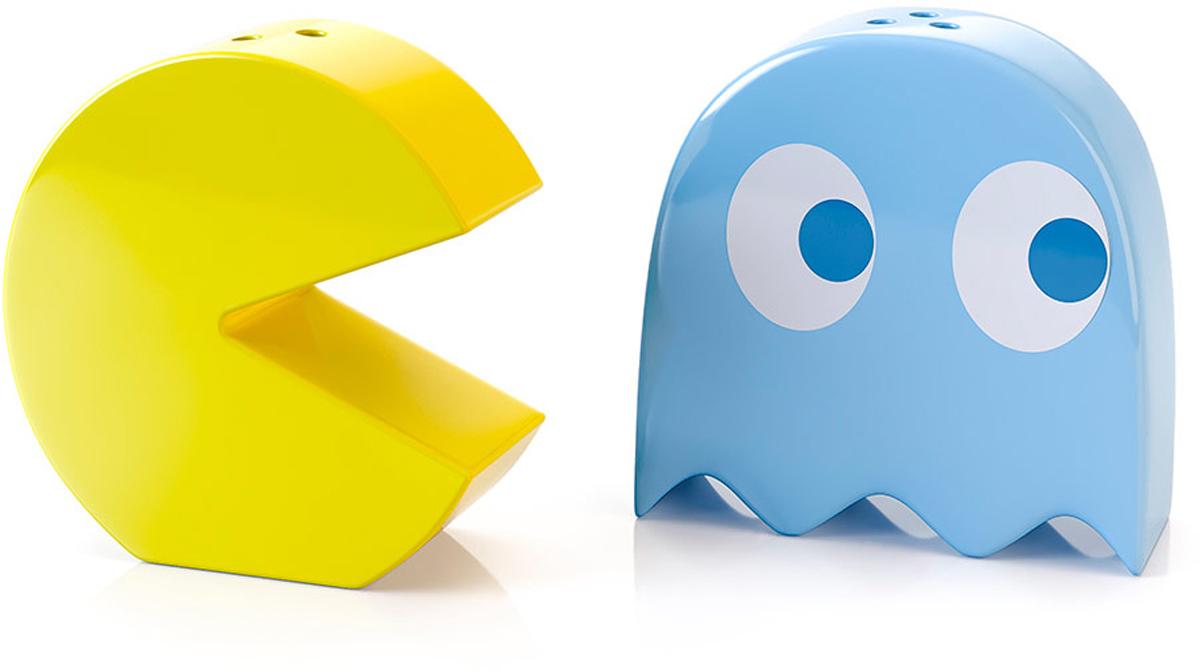 Набор для специй Balvi Pac-Man, цвет: желтый, голубой26537Набор для специй Balvi состоит из солонки и перечницы. Они выполнены из прочной керамики и могут послужить оригинальным презентом подруге или близкому человеку.- Оригинальный дизайн в виде керамических героев знаменитой игры Pac-Man.- Высокое качество изготовления и яркое оформление.- Не требуют специального ухода - моются любым моющим средством.