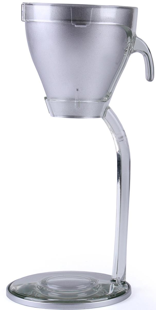 Охладитель для бокала Koala, цвет: серебряный6223SS01Охладитель Koala идеально подходит для бокала шампанского или вина. Позволяет за короткое время охладить фужер и сам напиток до нужной температуры. Конкурентные преимущества:- Сочетание металла, пластика и охлаждающего геля хорошо держит температуру.- Охлаждение стекла способствует дополнительной стерилизации бокалов.- Компактный, может быть установлен в любом месте.- Бокал надежно прилегает к основанию.- Не требует подключения к электросети. Особенности использования:- Поместить верхнюю часть охладителя в морозильную камеру при температуре -20-22 °С на 6 часов.- Вынуть охладитель и использовать по назначению.- Подходит для фужеров до 8,5 см в диаметре.