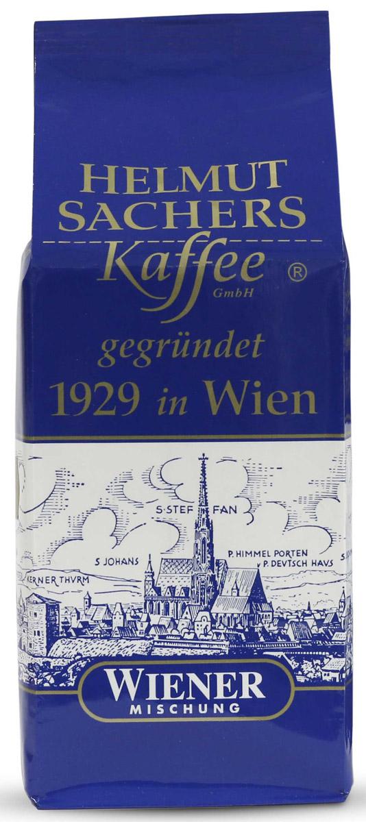 Helmut Sachers кофе венский в зернах, 250 гCHLMSC-000008Helmut Sachers Wiener – один из самых востребованных бодрящих продуктов на мировом кофейном рынке. Превосходный вкусоаромат и высокое качество, проверенное временем, - вот что отличает Гельмут Захерс зерно Виенер от множества аналогичных продуктов. Это настоящий деликатес, который поразит вас многообразием вкусовых оттенков и роскошной ароматической палитрой. В насыщенном букете напитка чувствуются тона ванили, специй, шоколада и пикантная горчинка, которая делает вкус Helmut Sachers зерно Wiener еще более интересным. Продолжительное и запоминающееся послевкусие, наполненное яркими мотивами орехов, станет логическим завершением дегустации бодрящего напитка. Гельмут Захерс зерно Виенер станет прекрасным началом дня или его завершением. Этот продукт взбодрит и порадует своим многогранным вкусом, так что масса положительных эмоций после его употребления гарантирована. Если вы хотите порадовать знакомого кофемана достойным подарком или же сами желаете попробовать премиальный бодрящий продукт, то советуем приобрести Helmut Sachers зерно Wiener. Этот напиток вас не разочарует!
