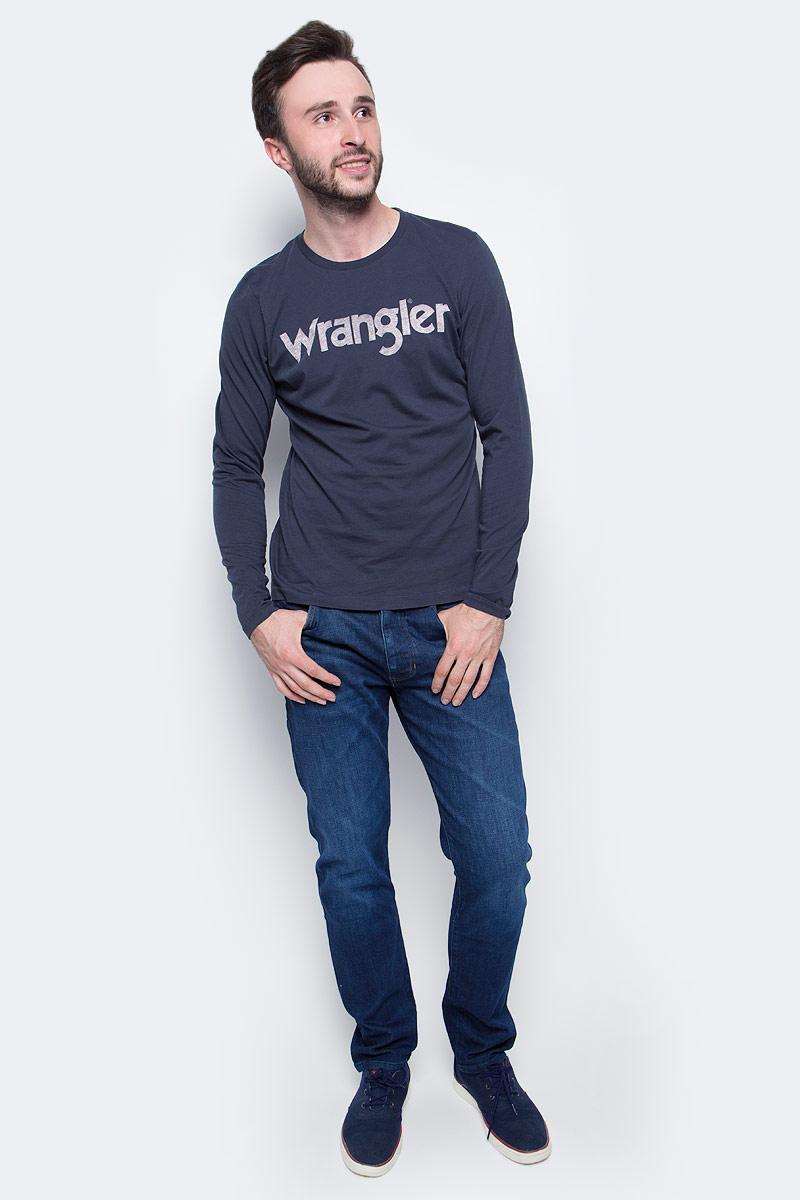 Лонгслив мужской Wrangler, цвет: синий. W7A85D335. Размер L (50)W7A85D335Лонгслив Wrangler изготовлен из натурального хлопка. Модель выполнена с круглой горловиной и длинными рукавами. Изделие оформлено крупным принтом с названием бренда.
