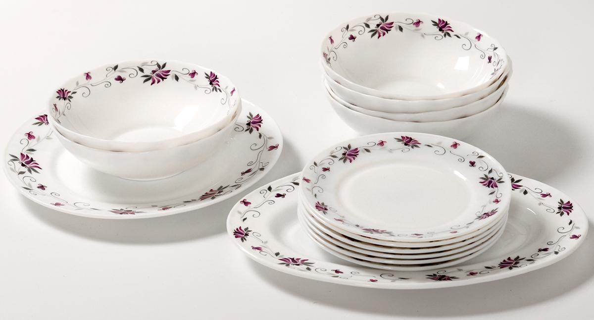 Набор столовой посуды Olaff Эстелла, 14 предметов. JY-R-14-55JY-R-14-55Набор Olaff Эстелла состоит из 1 обеденной тарелки, 6 десертных тарелок, 6салатников и овального блюда. Изделия выполнены из высококачественнойстеклокерамики и имеют яркий дизайн с изящным рисунком цветов. Посуда отличается прочностью, гигиеничностью идолгим сроком службы, она устойчива к появлению царапин и резким перепадам температур.Набор столовой посуды Olaff Эстелла - это не только яркий и полезный подарокдля родных и близких, а также великолепное дизайнерское решение для вашей кухни илистоловой. Можно мыть в посудомоечной машине и использовать в микроволновой печи.Диаметр обеденной тарелки (по верхнему краю): 25,4 см.Диаметр десертной тарелки (по верхнему краю): 17,5 см.Диаметр овального блюда: 30,5 см. Объем салатника: 750 мл.