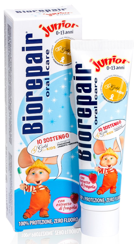 Biorepair детская зубная паста (клубника) Junior Strawberry for Kids, 50 млGA1150400Детская зубная паста Biorepair Junior, содержит частицы запатентованного компонента MicroRepair, которые борются с кариесом и укрепляют эмаль. Паста идеально подходит при ношении брекетов. Натуральный экстракт земляники оказывает тонизирующий эффект и питает десны.