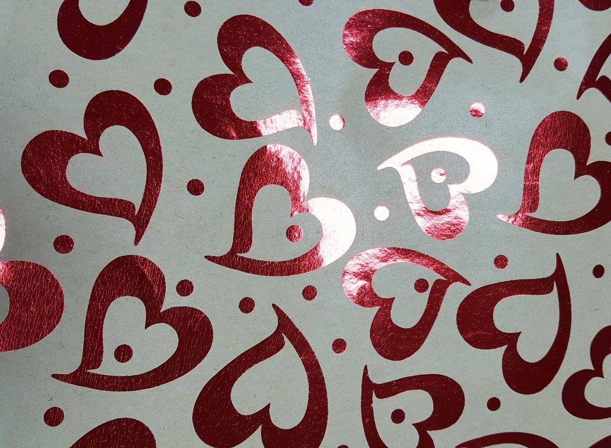 Крафт бумага Magic Time Красные сердца, немелованная, 100 х 70 см76691Крафт бумага для сувенирной продукции КРАСНЫЕ СЕРДЦА от Magic Time - это стильный и практичный вариант упаковки подарка. Авторский дизайн, красочное изображение, тематический рисунок - все слагаемые оригинального оформления подарка. Окружите близких людей вниманием и заботой, эффектно вручив презент в нарядном, праздничном оформлении.