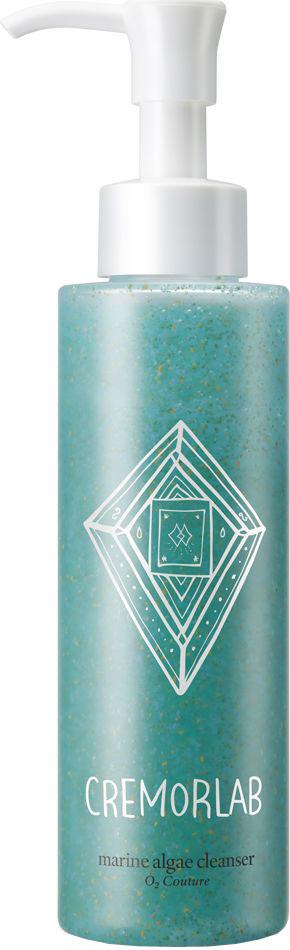 Cremorlab О2 Couture Гель для умывания с морскими водорослями, 150 мл62086При соприкосновении с водой гель превращается в нежную пену, бережно очищает даже самую чувствительную кожу, деликатно и тщательно удаляет макияж и ороговевшую кожу, способствуя нормальному дыханию кожи. Обеспечивает интенсивное увлажнение и антиоксидантную защиту, активизирует метаболизм кожи,восстанавливая ее защитные механизмы. Эффективно очищает и ссужает поры, уменьшает выработку себума. Средство не оставляет ощущения стянутости.