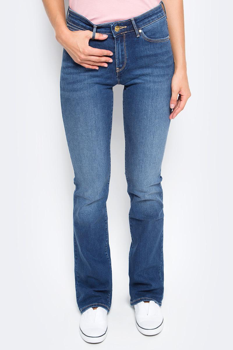 Джинсы женские Wrangler, цвет: синий. W28BX785U. Размер 29-32 (44/46-32) джинсы женские wrangler цвет темно синий w27hcw51l размер 29 32 44 46 32