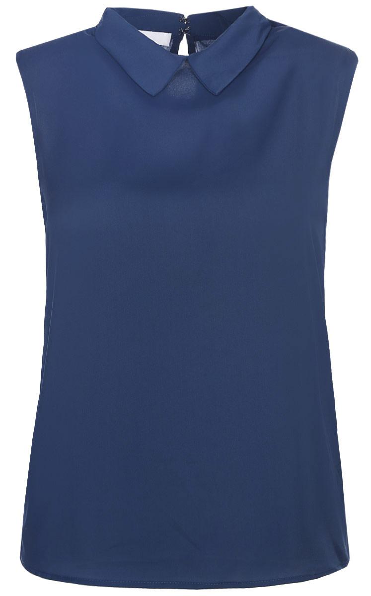 Блузка женская oodji Ultra, цвет: синий. 11411084B/43414/7502N. Размер 40 (46-170)11411084B/43414/7502NМодная женская блузка oodji Ultra изготовлена из высококачественного полиэстера.Модель с отложным воротником и без рукавов застегивается на два металлических крючка, расположенных на спинке. Спинка оформлена декоративным вырезом.