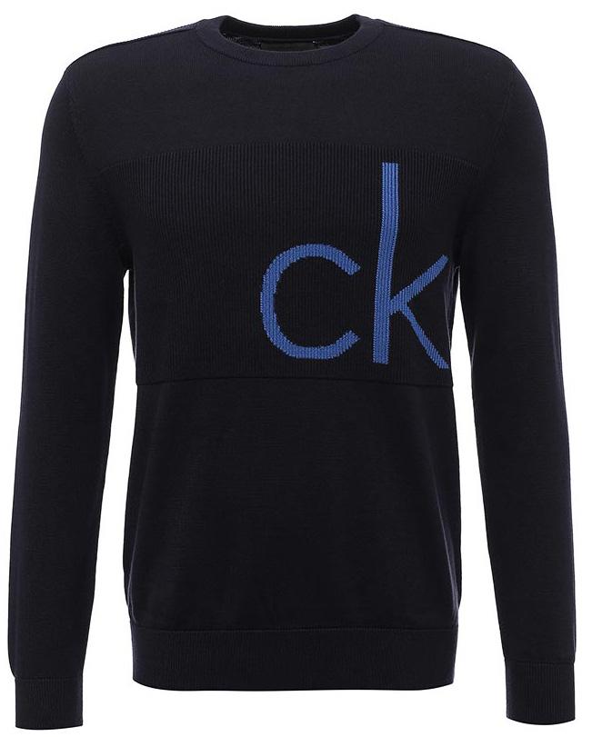 Джемпер мужской Calvin Klein Jeans, цвет: синий. J30J305478_4020. Размер L (48/50)J30J305478_4020Джемпер Calvin Klein выполнен из 100% хлопка. Модель имеет круглый вырез горловины и длинные стандартные рукава. Манжеты рукавов, низ джемпера и горловина отделаны эластичной резинкой. Модель на груди дополнена надписью с названием бренда.