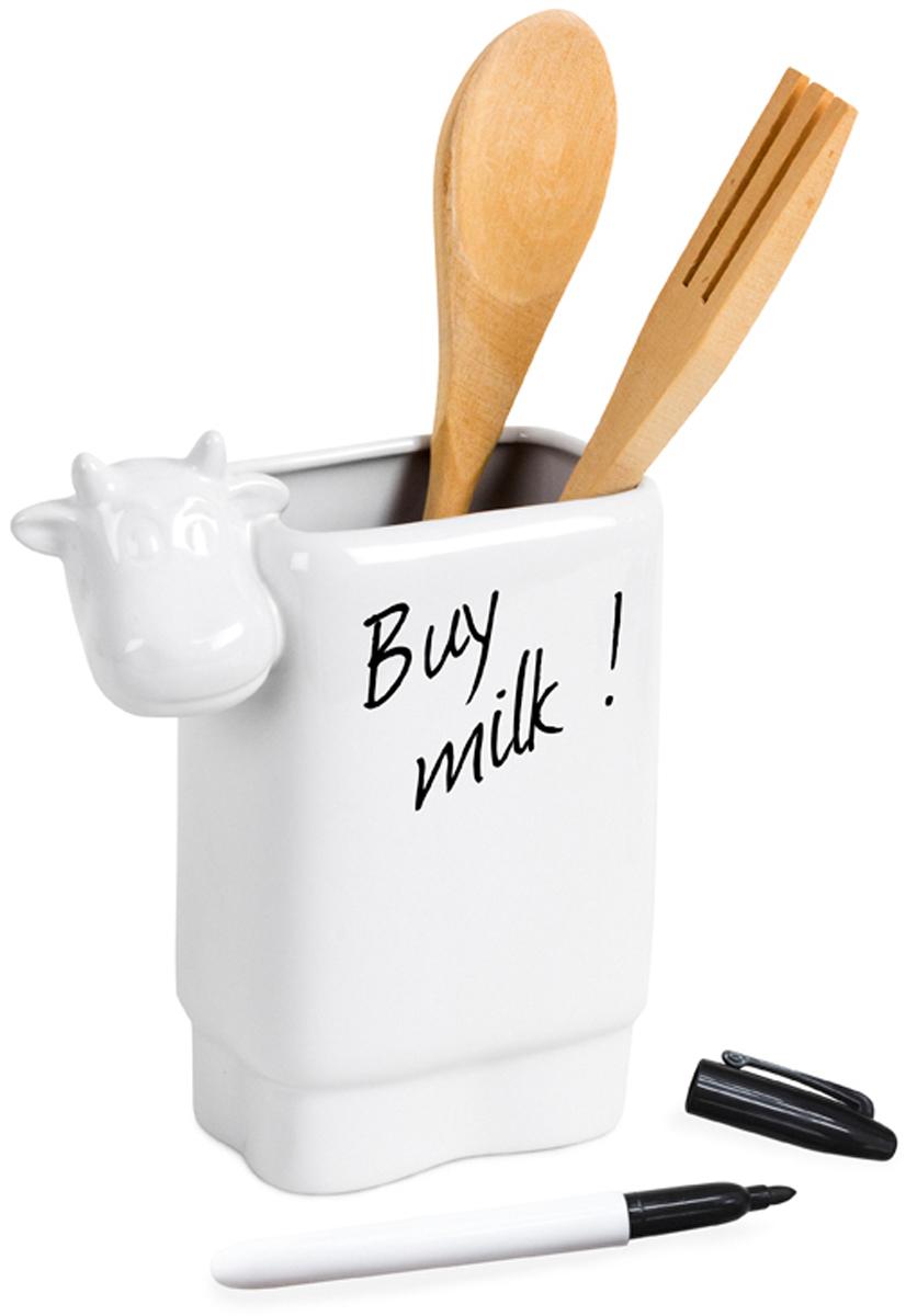 Набор столовых приборов Balvi Moo, цвет: белый, 4 предмета25872Оригинальная подставка в форме милой коровы послужит местом для хранения столовых приборов. Приборы идут в комплекте с подставкой. Также в комплекте маркер для записей, который очень часто может пригодиться на кухне. Сама же подставка выполнена из белоснежной керамики и станет прекрасным украшением кухни. Хозяйки оценят данный набор по достоинству. Столовые приборы изготовлены из настоящего дерева. Сделайте свою кухню ярче и привлекательнее вместе с набором столовых приборов Moo. - Оригинальный дизайн в виде милой коровы. - Столовые приборы входят в набор и изготовлены из настоящего дерева. - Маркер пригодится на кухне для написания списка продуктов и напоминаний.