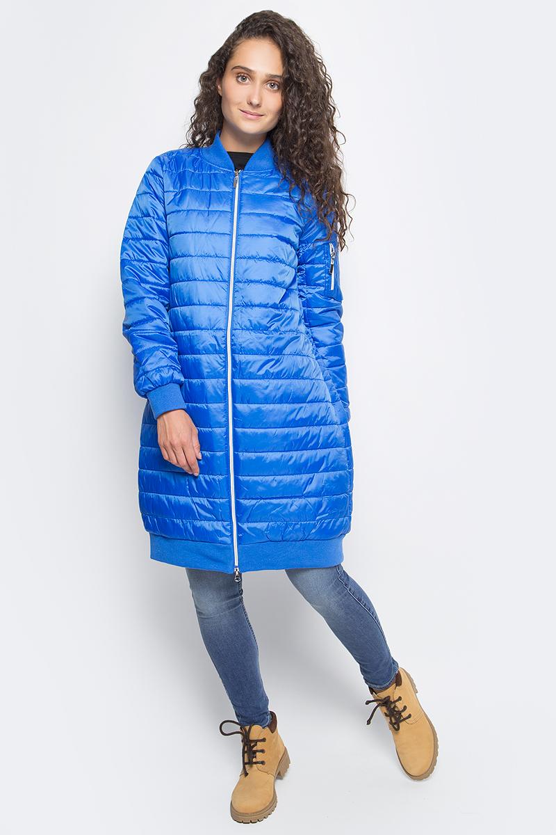 Пальто женское Sela, цвет: аквамарин. Cep-126/756-7311. Размер L (48)Cep-126/756-7311Стильное женское пальто Sela изготовлено из 100% полиэстера. Подкладка и утеплитель изделия также выполнены из полиэстера. Стильное стеганое пальто силуэта кокон имеет длину до колен, длинные рукава, воротник-стойку. Застегивается на молнию. На левом рукаве расположен карман на молнии. Манжеты рукавов, воротник и низ изделия отделаны эластичной резинкой.