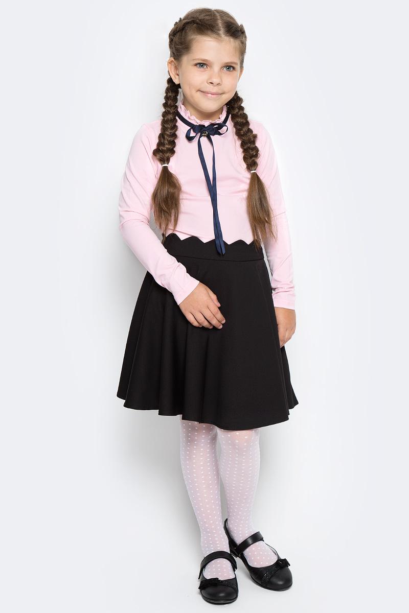 Блузка для девочки Vitacci, цвет: розовый. 2173058-11. Размер 1282173058-11Классическая школьная блузка для девочки выполнена из качественного материала. Модель с воротником стойка и длинными рукавами.