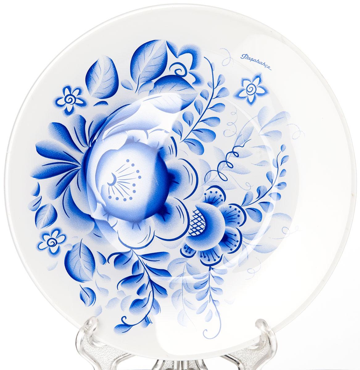 Тарелка Pasabahce Гжель, диаметр 19,5 см10327SLBD33Тарелка Pasabahce Гжель выполнена из качественного упрочненного стекла и украшена рисунком гжель. Тарелка прекрасно подойдет в качестве сервировочного блюда. Изящная тарелка прекрасно оформит праздничный стол и порадует вас и ваших гостей изысканным дизайном и формой.Диаметр тарелки: 19,5 см.
