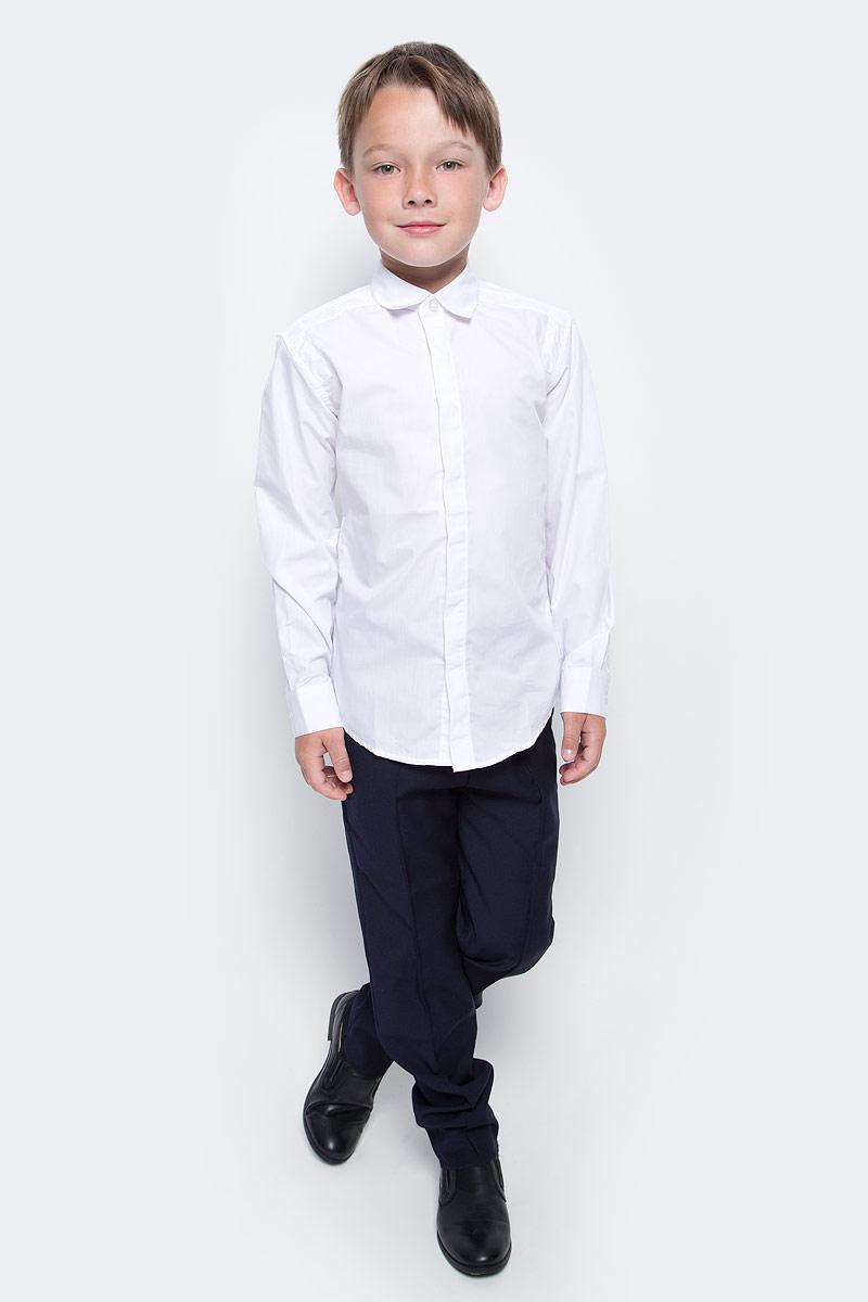 Рубашка для мальчика Vitacci, цвет: белый. 1173017-01. Размер 1281173017-01/1173017М-01Рубашка для мальчика выполнена из хлопка и спандекса. Модель с отложным воротником и длинными рукавами застегивается на пуговицы.