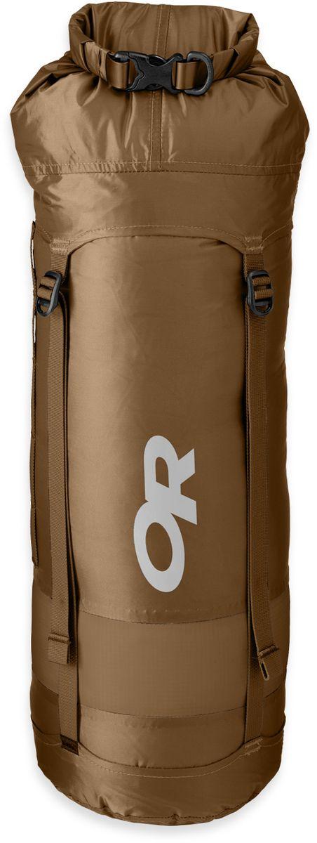 Мешок компрессионный Outdoor Research Airpurge, цвет: коричневый, 20 л2428020014Компрессионный мешок Outdoor Research выполнен из облегченного, но прочного нейлона. Изделие исключает промокание благодаря водонепроницаемой пропитке. Чехол обладает рядом технических свойств, которые делают вещь просто незаменимой в путешествиях: - легкий вес; - водонепроницаемый, прочный материал; - водонепроницаемые, проклеенные швы; - дышащая вставка из мембранной ткани способствует выветриванию неприятных запахов; - ручка для переноски; - закрывается скручиванием и фиксируется застежкой; - 4 стягивающих стропы.