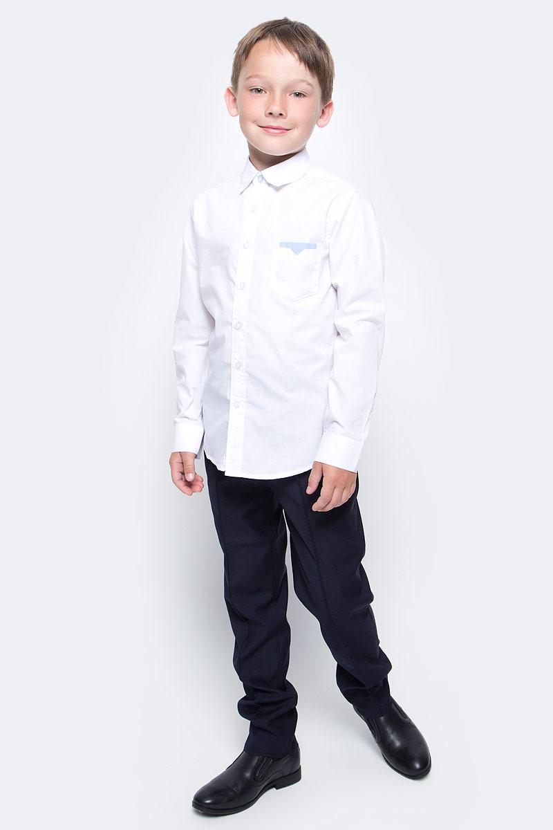 Рубашка для мальчика Vitacci, цвет: белый. 1173016М-01. Размер 1641173016-01/1173016М-01Рубашка для мальчика выполнена из хлопка и спандекса. Модель с отложным воротником и длинными рукавами.