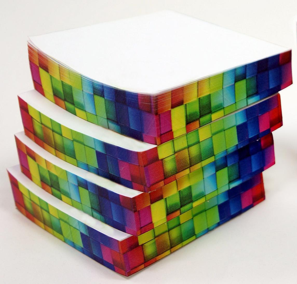 Фолиант Комплект блоков для записей Неон 8,5 x 8,5 см 4 блока по 200 листов -