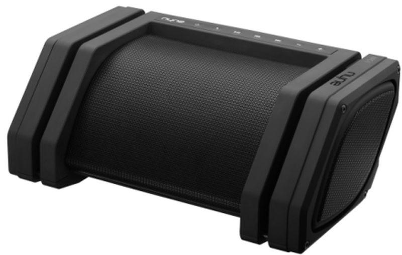 Nyne Rebel, Black портативная Bluetooth-колонка71000236Самая громкая портативная Bluetooth колонка со звуковой системой 2.1. Bluetooth 4.0 с радиусом действия 30 метров; Звуковая система 2.1 наилучшего качества, 40 Вт;~12 часов работы от встроенного аккумулятора;Адаптер питания со штекерами на все страны мира;Защита от брызг IPX3;Скрытая ручка для переноски;Микрофон для громкой связи;NFC для соединения в одно касание;Мобильное зарядное устройство;AUX-вход и AUX-выход Подключение: Bluetooth 4.0, Aux-in 3,5 мм, Aux-out для Daisy Chaining, NFC;Питание: аккумулятор (время работы ~12 ч); Аудио система 2.1 с активными динамиками (2 ВЧ, 2 СЧ, сабвуфер); Дополнительно:IPX3,встроенный микрофон,встроенный Power Bank,встроенная ручка для переноски,поддержка 4 типов сетевых розеток,панель управления с подсветкой,индикатор уровня заряда