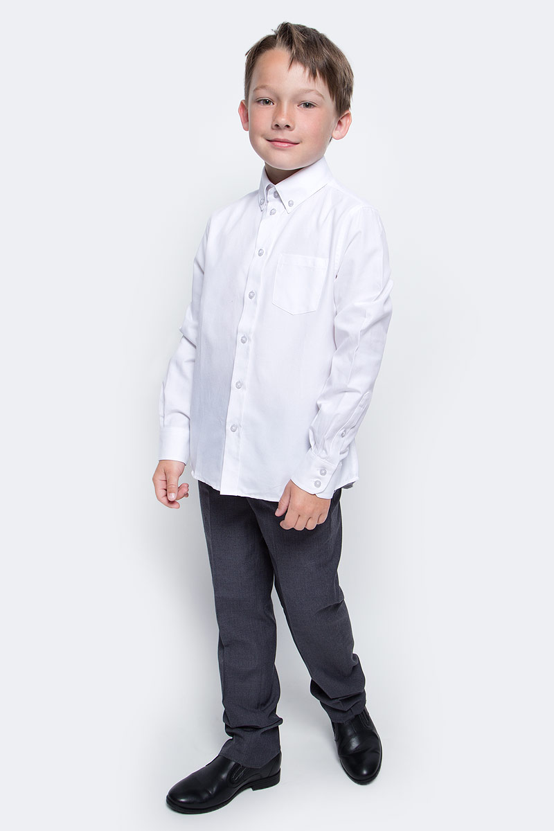 Рубашка для мальчика Button Blue, цвет: белый. 217BBBS23040200. Размер 128, 8 лет217BBBS23040200Рубашка для мальчика - основа повседневного школьного образа! Школьные рубашки от Button Blue - это качество и комфорт, отличный внешний вид, удобство в уходе, высокая износостойкость. Рубашка с длинными рукавами и отложным воротничком застегивается на пуговицы. Готовясь к школьному сезону, вам стоит купить рубашки в трех-четырех цветах, чтобы разнообразить будни ученика.