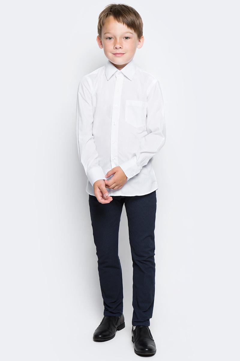 Рубашка для мальчика Nota Bene, цвет: белый. TC2DPRB01. Размер 158TC2DPRA01/TC2DPRB01Рубашка для мальчика Nota Bene приталенного силуэта выполнена из высококачественного хлопкового материала. Модель с классическим отложным воротником и длинными рукавами застегивается на пуговицы, на груди дополнена накладным карманом.