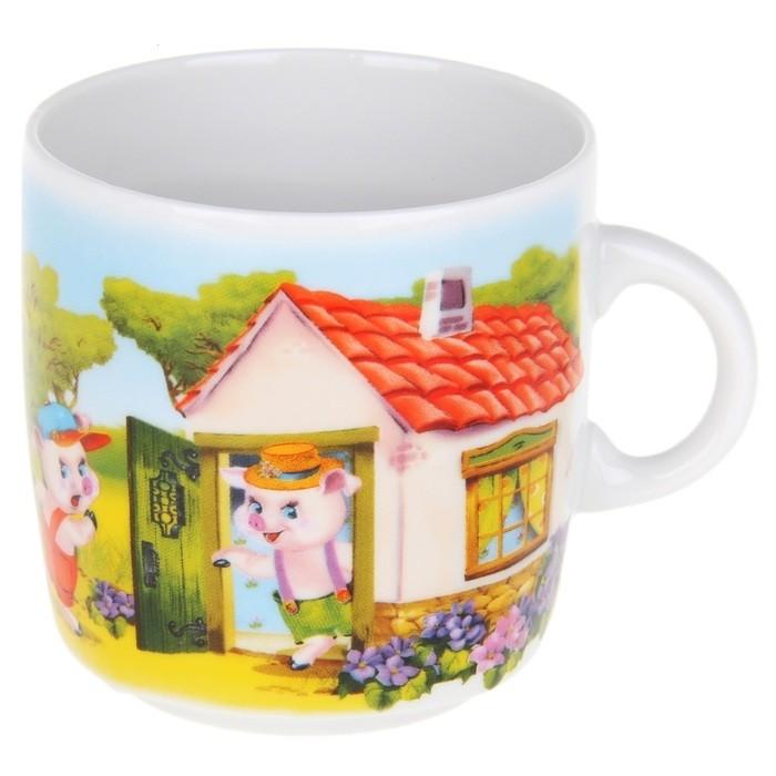 Кружка Фарфор Вербилок Три поросенка. 87133108713310Красивая фарфоровая кружка способна скрасить любое чаепитие. Посуда из такого материала позволяет сохранить истинный вкус напитка, а также помогает ему дольше оставаться теплым.