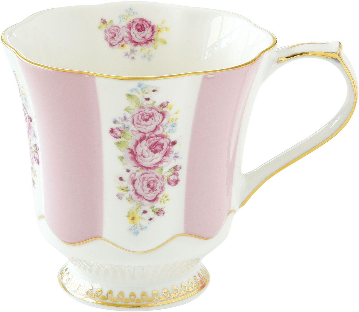 Кружка Nuova R2S Розовая россыпь, 275 мл1502HEPIКружка Nuova R2S Розовая россыпь изготовлена из высококачественного фарфора. Внешние стенки изделия оформлены рисунками в виде роз. Такая кружка станет неизменным атрибутом домашнего чаепития, а пить любимый напиток из нее будет еще приятнее.Можно использовать в СВЧ и мыть в посудомоечной машине.Объем: 275 мл.