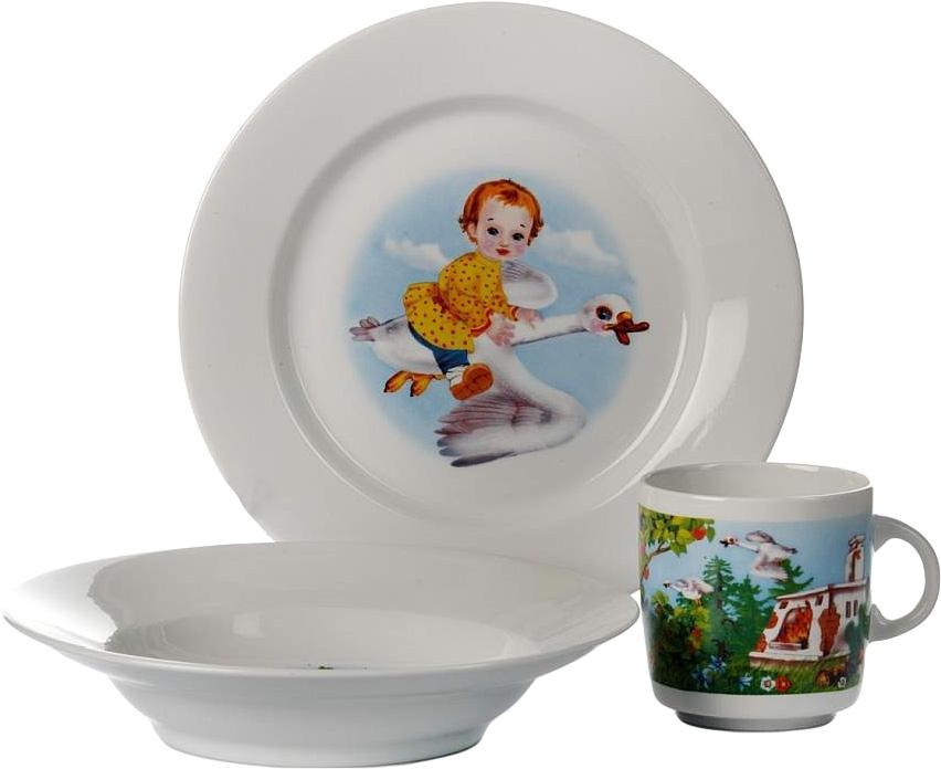 Набор детской посуды Фарфор Вербилок Гуси-лебеди, с пазлами. 18143130 УП18143130 УПНабор посуды Гуси-лебеди изготовлен из высококачественного экологически чистого фарфора. В набор входят 3 предмета: кружка детская, плоская тарелка и тарелка для супа. Посуда оформлена красочными рисунками. Вместе с этой посудой любой рацион превратится для ребенка в забавную игру, и вместе со знакомыми героями малыш будет с удовольствием уплетать за обе щеки на радость маме!