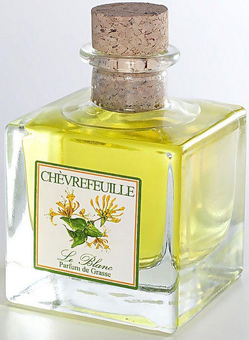 Диффузор ароматический Le Blanc Жимолость, 50 мл2000000003498Мощный лилейный аромат, разбавленный оттенками ванили и древесины, наполненный свежим ароматом цитрусовых, бодрящим мандариновым оттенком. Удивительный аромат, в котором смешались ненавязчивые ноты самых прекрасных цветов: лилии, розы, ванили, жасмина. Всё это вы услышите в одном восхитительном аромате жимолости – аромате истинного восточного искушения! Диффузор, упакованный в подарочную коробку, будет отличным подарком. В комплект входит емкость с жидкостью в выбранном объеме, тростниковые палочки, картонная коробочка.