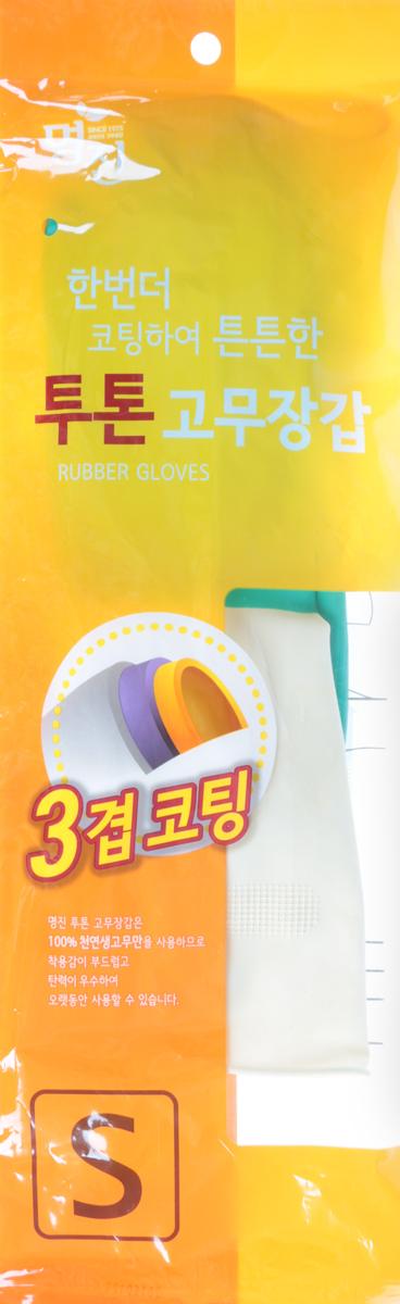 Перчатки хозяйственные Myungjin Rubber Glove. Two Tone, латексные, двухцветные, размер: S. H2465448Латексные перчатки Myungjin Rubber Glove. Two Tone защищают руки во время проведения бытовых и хозяйственных работ. Перчатки удобны в использовании, гигиеничны, долговечны.Особенности продукта:при изготовлении используется только 100% натуральный каучук, что придает перчаткам мягкость, повышенную прочность и делает возможным их длительное использование;в процессе производства перчатки подвергаются термической обработке, проходят полную дезинфекцию и обладают антибактериальным эффектом;отличная функциональность и эргономичный дизайн позволяет использовать их длительное время без негативного воздействия на руки.В области ладони и пальцев на перчатки нанесено противоскользящее покрытие. Края перчаток дополнительно обработаны износостойким веществом.Резиновые перчатки Myungjin одобрены Корейским исследовательско - испытательным институтом как антибактериальные и не вызывающие раздражения кожи рук; имеют сертификаты качества ISO 9001, 14001.Состав: натуральный каучук, краситель, диоксид титана, ускорители вулканизации, оксид цинка, сера, R-воск, пеногаситель, стабилизатор латекса, диспергатор, гидроксид калия, нашатырный спирт.Уважаемые клиенты! Обращаем ваше внимание на цветовой ассортимент товара. Поставка осуществляется в зависимости от наличия на складе.